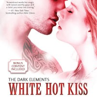 Review Bites: White Hot Kiss by Jennifer L. Armentrout